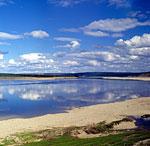 Река Оленёк у метеостанции Маак
